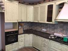 На фото пример работ: Блок выключателей с розеткой для ванной и туалета, рис. 2