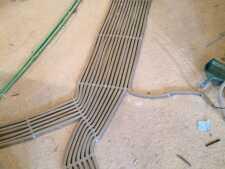 На фото пример работ: Прокладка кабеля в гофре, рис. 3